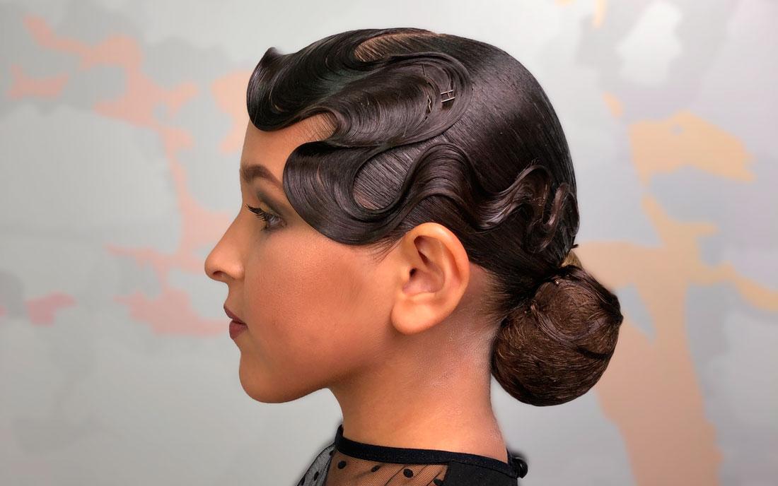 Бальная причёска: низкий пучок и холодная волна